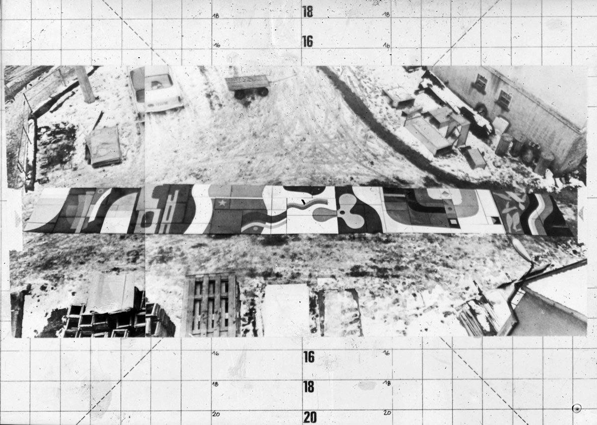 Lutz Rudolph, Fassadengestaltung Emailrelief VEB Volkswerft Stralsund, 1973. Foto der Bauphase.