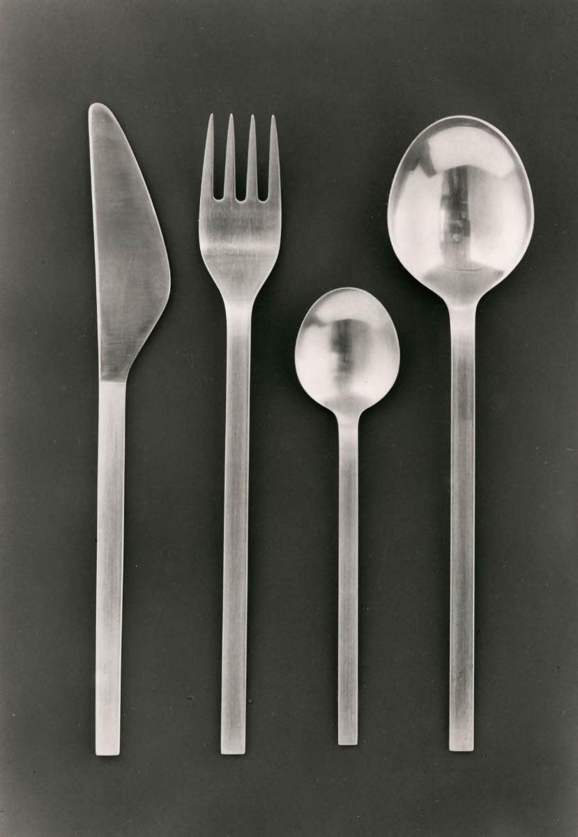 Besteck M 140, 1961, Entwurf Lutz Rudolph, VEB Auer Besteck und Silberwarenwerke ABS. Foto: Georg Eckelt